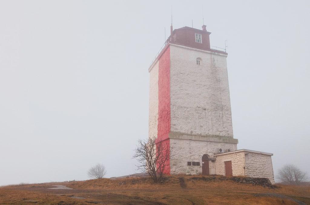 Saaristomeri - Usvainen aamu Utön majakalla