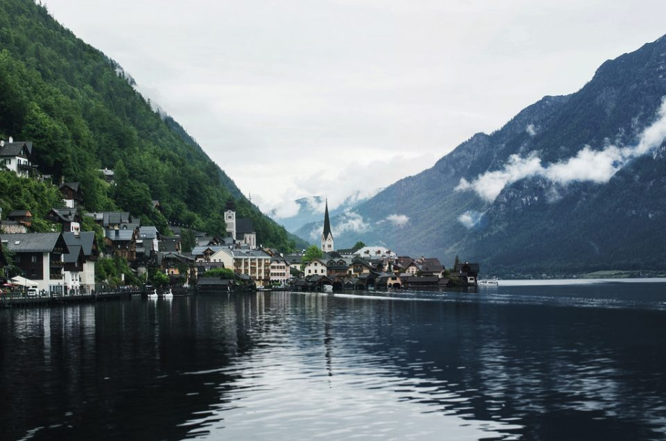Lyyrikon valinta – Itävallan Hallstat