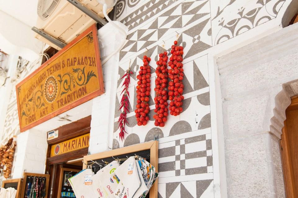 Kuivuivatko tomaatit myös Marco Polon seinällä Pyrgín kylässä?