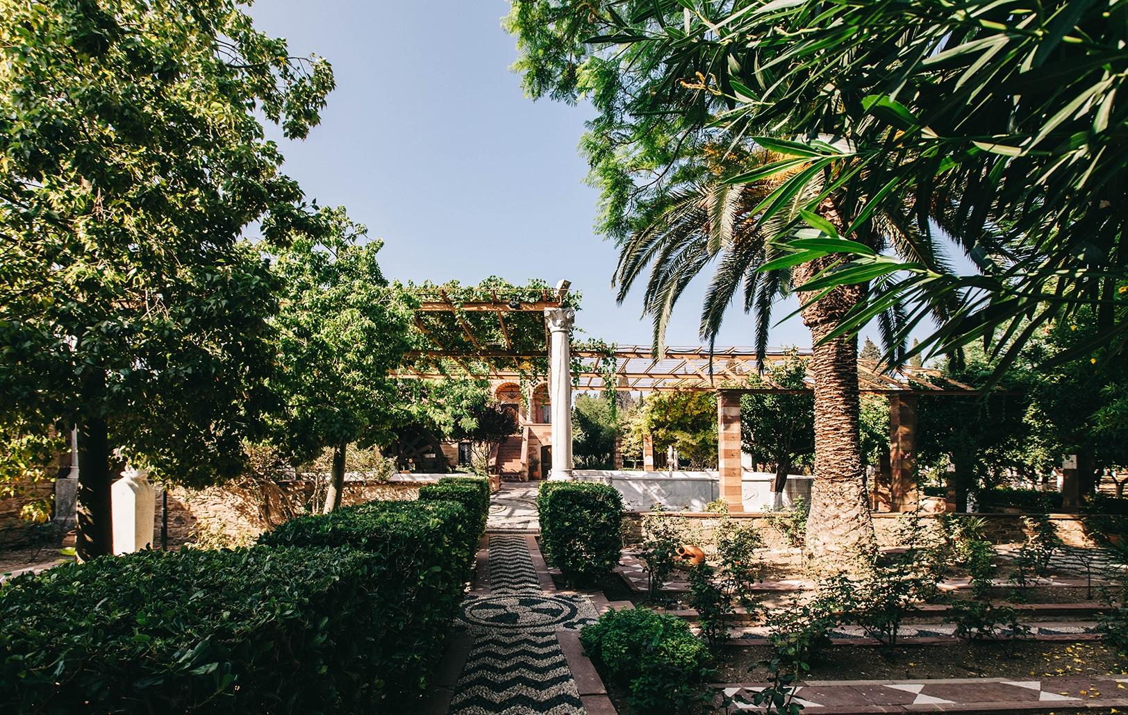 Chíosin saaren salainen puutarha