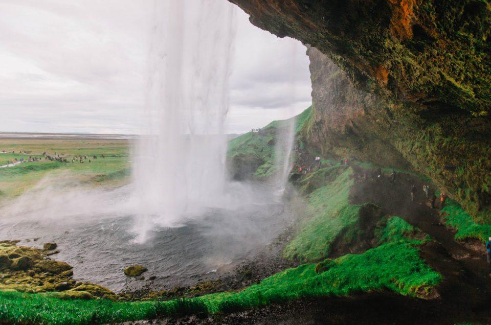 Islanti - Kaiken kasteleva Seljalandfoss
