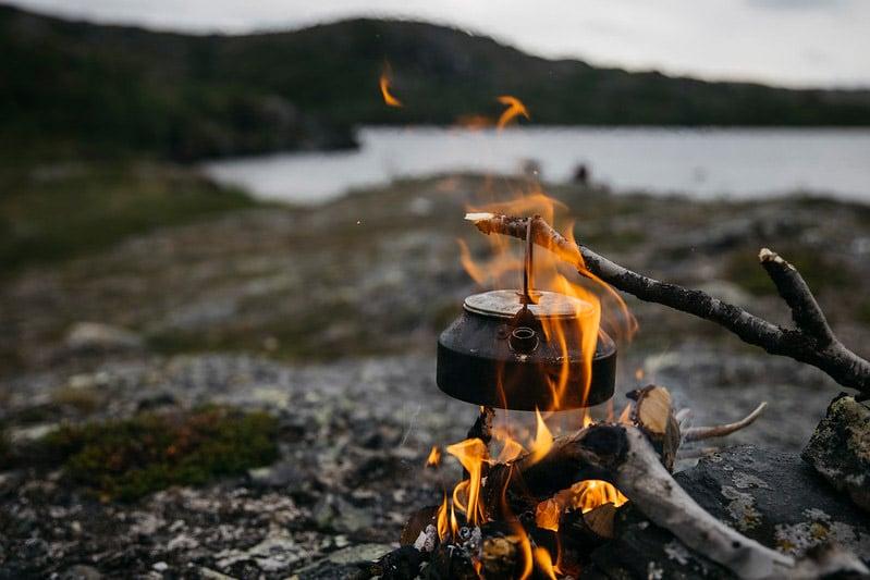 Nokipannu-kahvit Norjan tuntureilla
